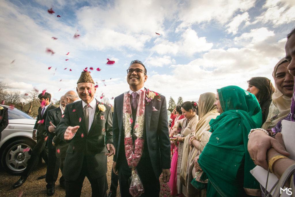 Hedsor-House-Muslim-Asian-Wedding-Photographer - 312__MG_2393_www.aava_.co_.uk_.jpg