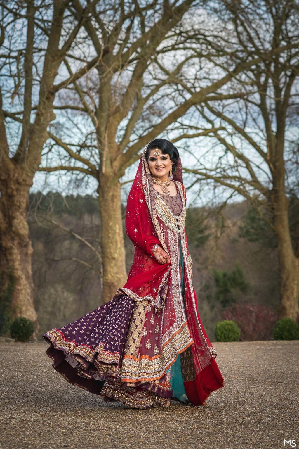 Hedsor-House-Muslim-Asian-Wedding-Photographer - 481__MG_5922_www.aava_.co_.uk_.jpg