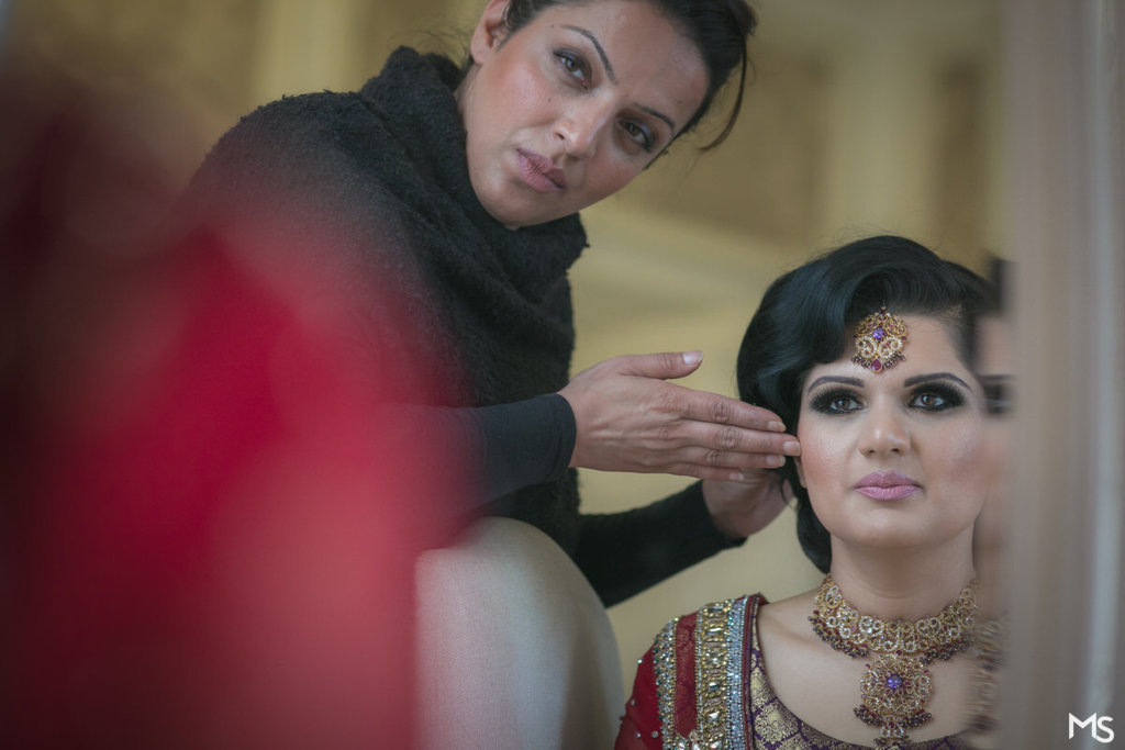 Hedsor-House-Muslim-Asian-Wedding-Photographer - 57__MG_5354_www.aava_.co_.uk_.jpg