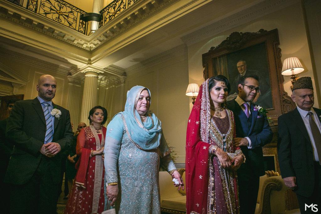 Hedsor-House-Muslim-Asian-Wedding-Photographer - 702_IMG_2917_www.aava_.co_.uk_.jpg