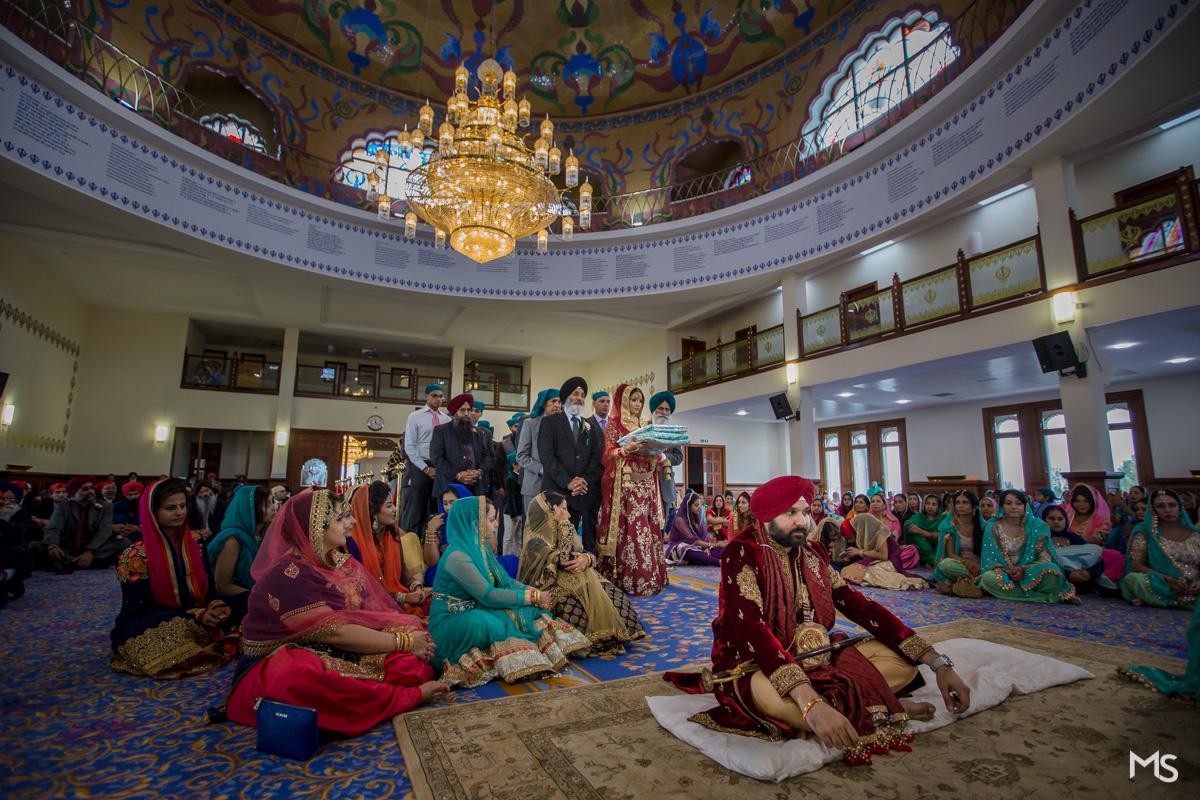 sikh-wedding-gravesend-gurji - 22-IMG_0985.jpg