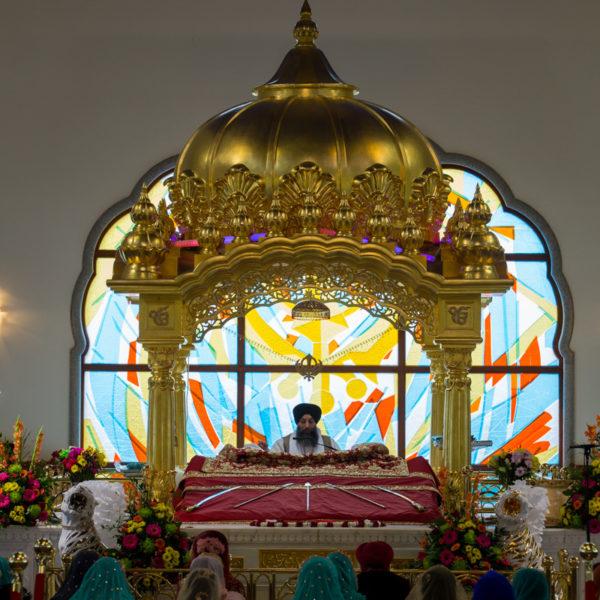 sikh-wedding-gravesend-gurji - 24-IMG_3392.jpg